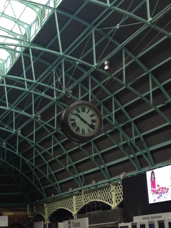 Main concourse clock photo 2