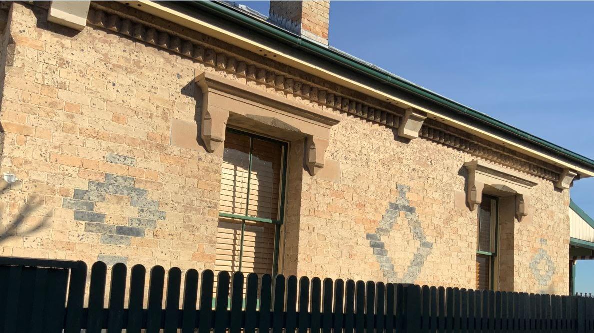 Messengers Cottage Syd Observatory 4